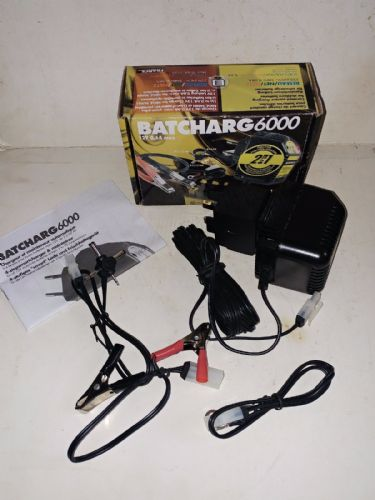 BATCharg6000 0.6a 12v universal battery charger & power supply